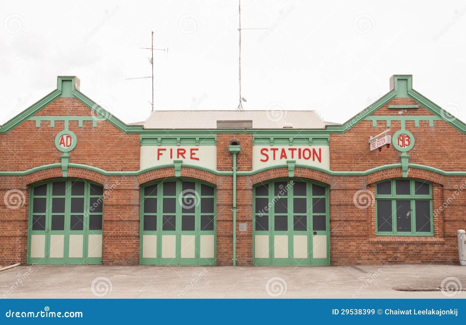 Quartel dos bombeiros retro