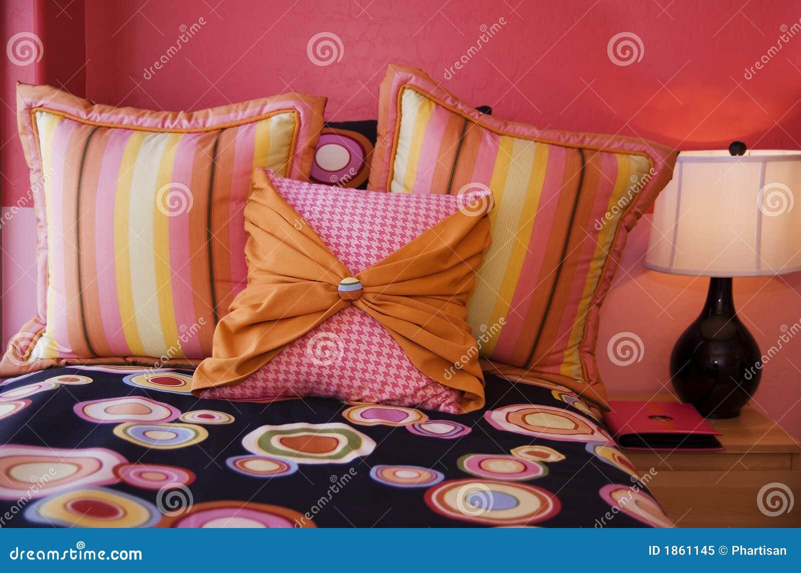 Quarto cor-de-rosa acolhedor