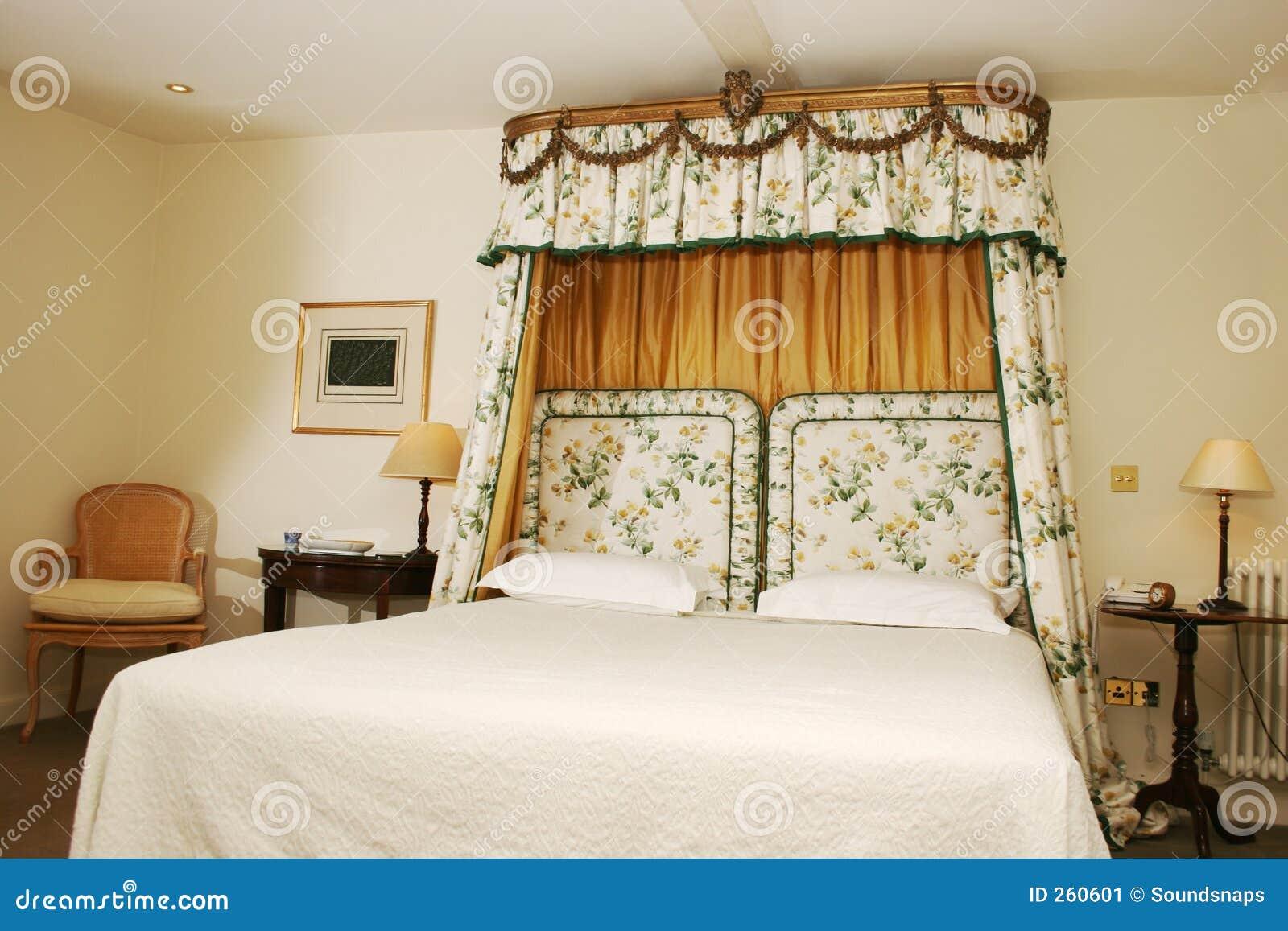 Quarto De Luxo Do Hotel Imagem de Stock Imagem: 260601 #82A328 1300x957 Banheiro De Hotel De Luxo