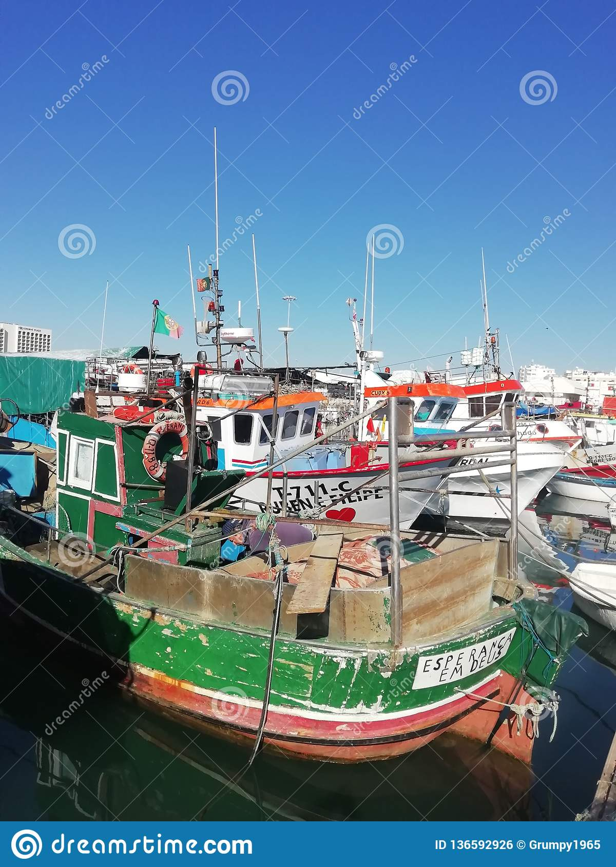 Quatiera Fishing Harbour - Parked boats