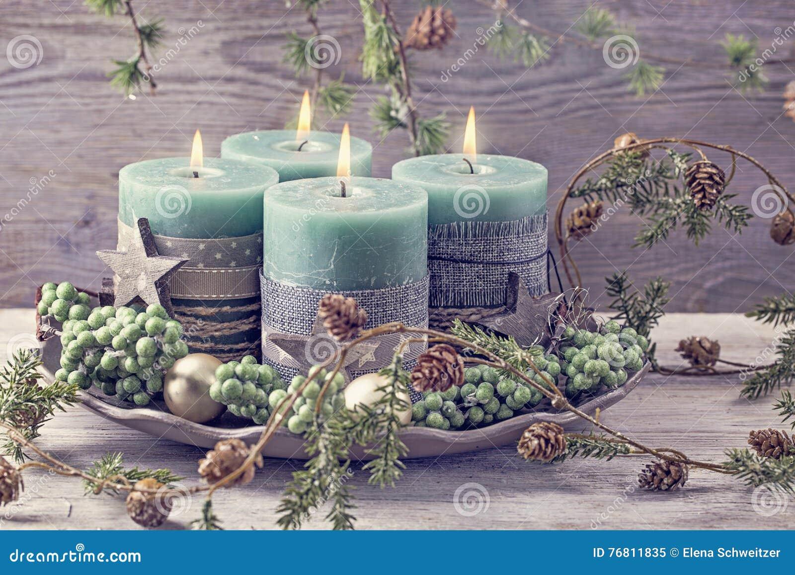 Quatro velas verdes do Natal