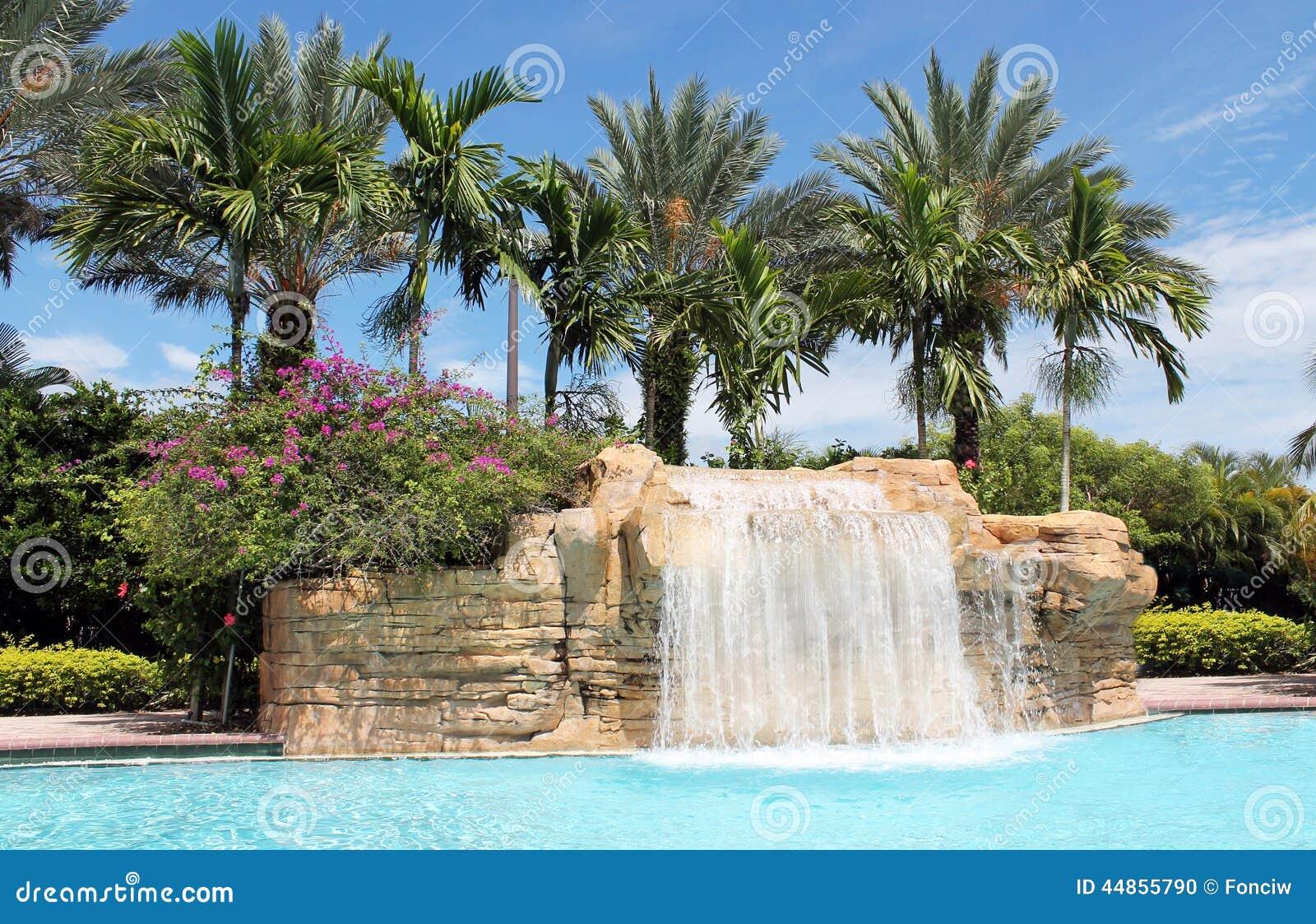 Quedas bonitas no tropico
