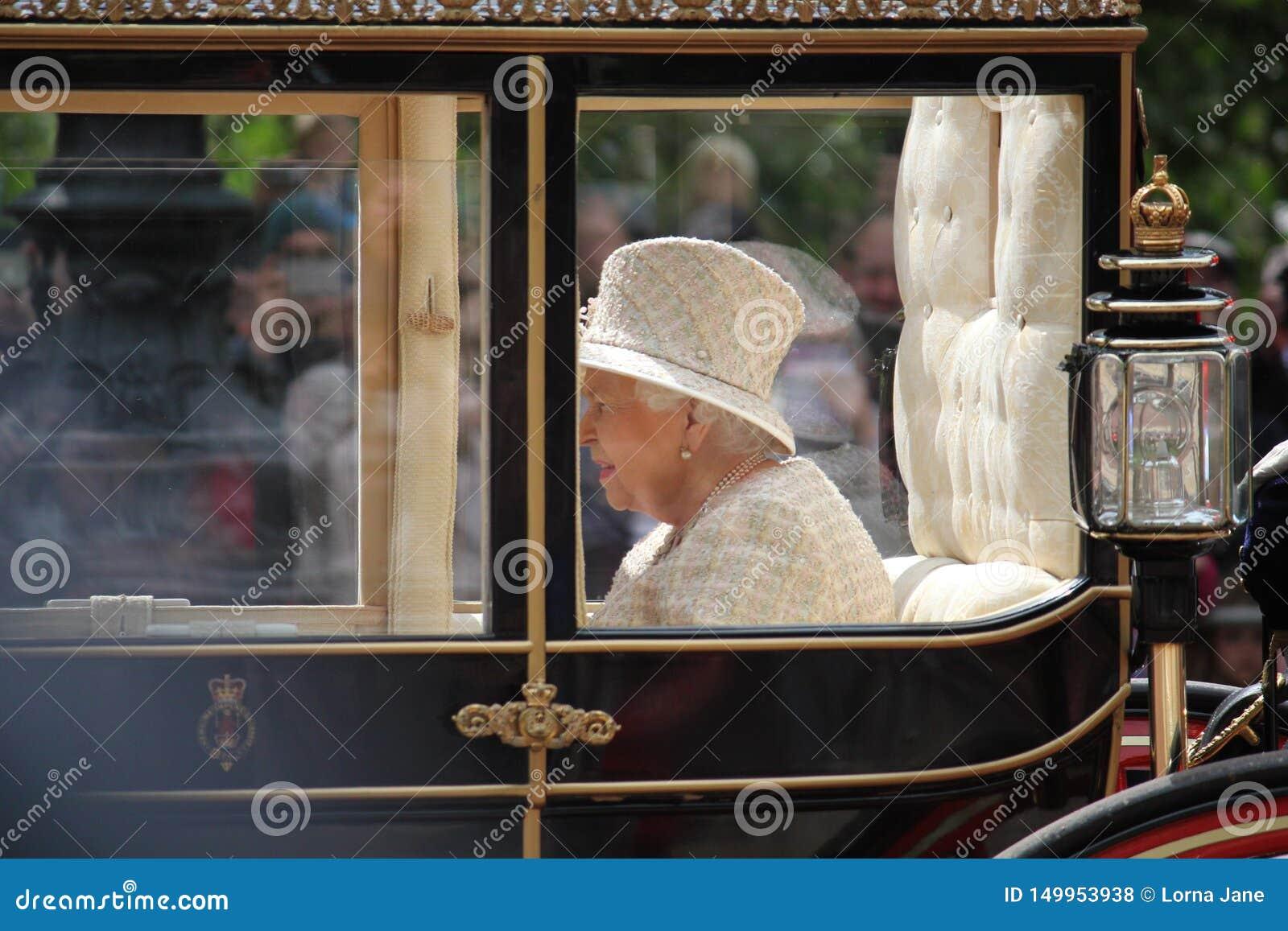 Queen Elizabeth, London Uk, 8 June 2019- Queen Elizabeth