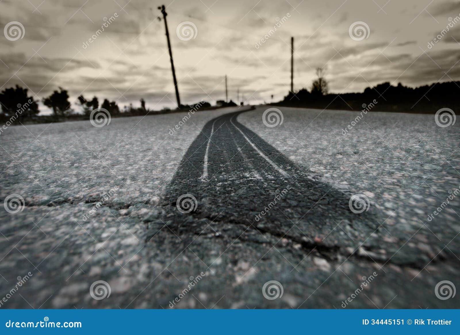 Quemadura del neumático del camino