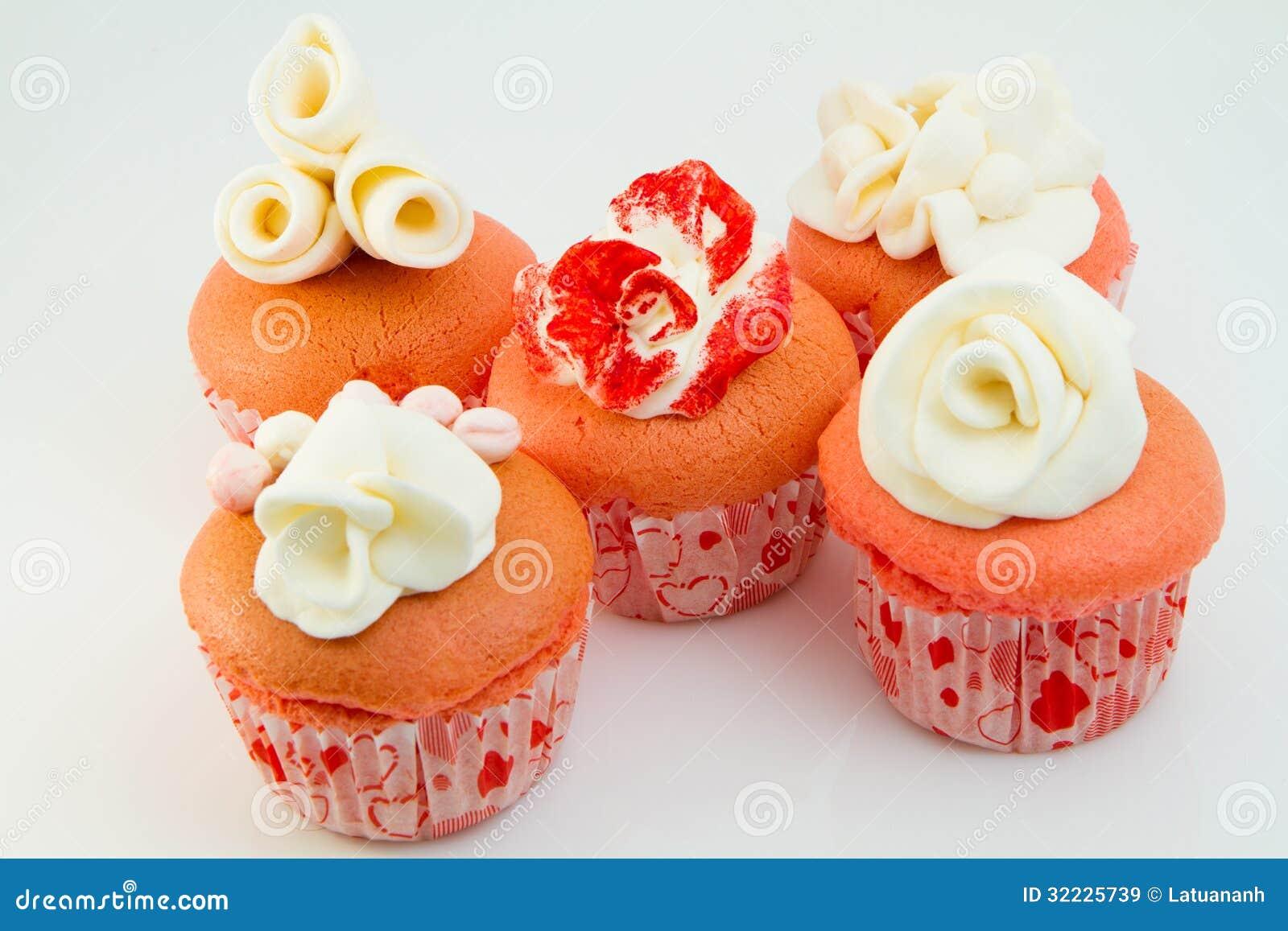 Download Queques Cor-de-rosa Da Flor Imagem de Stock - Imagem de cupcake, imagem: 32225739