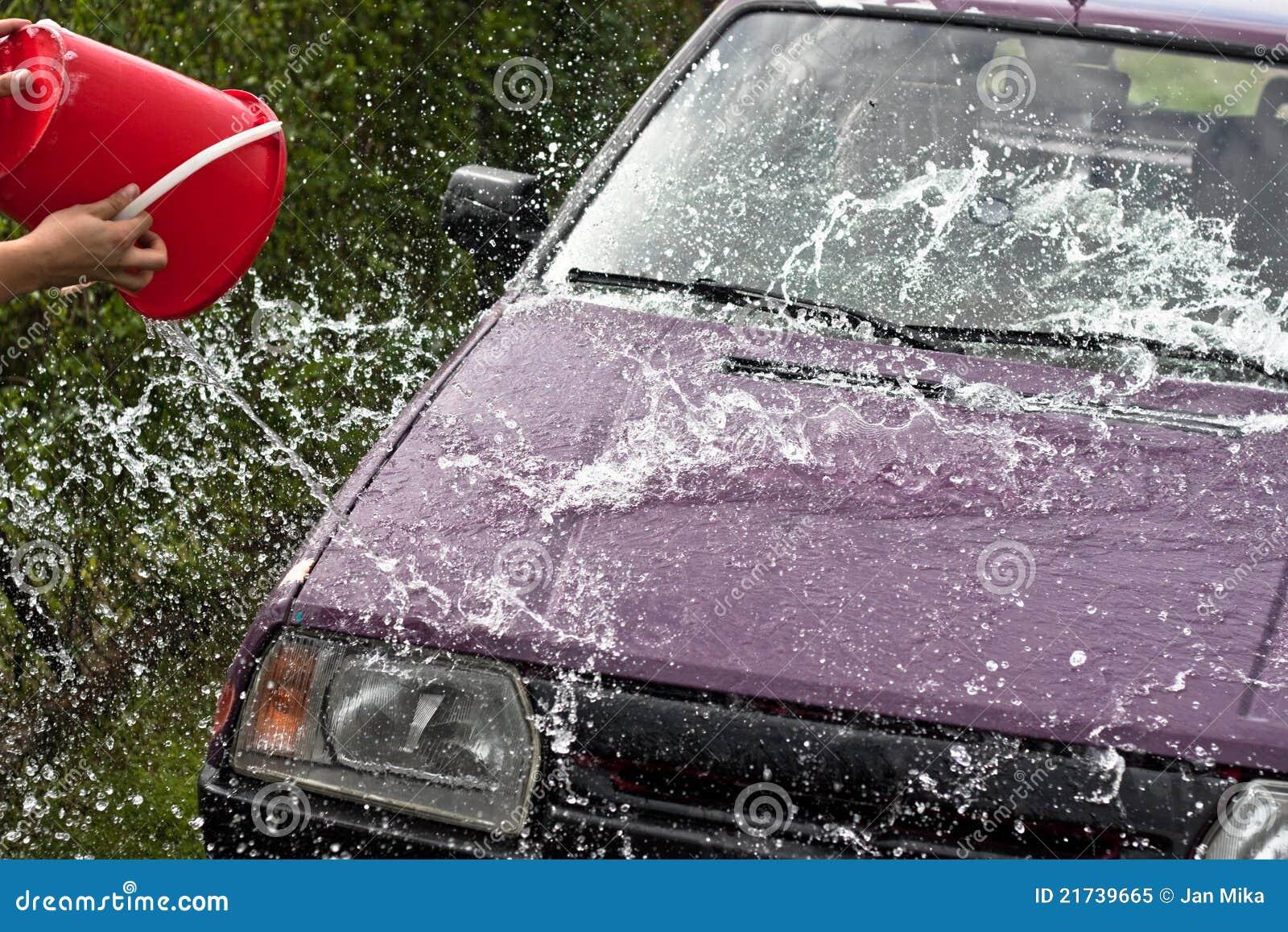 Quick Car Wash >> Quick Car Wash Stock Image Image Of Pail Glass Drop