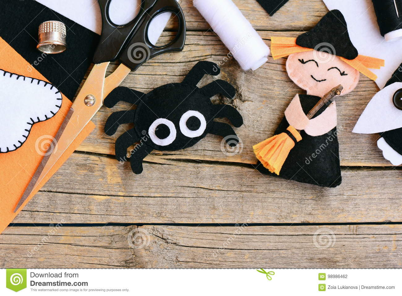 Quick Halloween Crafts Felt Witch Doll Spider Decorations On A