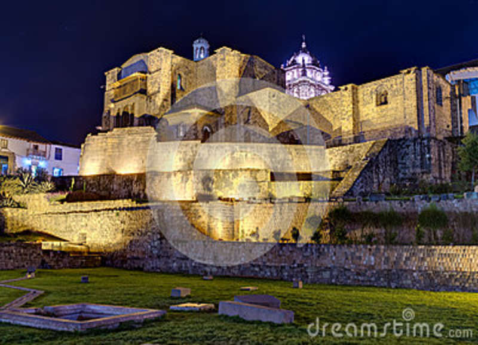 Qurikancha ou Coricancha ou Inti Kancha ou Inti Wasi ou Kiswar Kancha ou temple et palais d Inca Wiracocha dans Cusco, Pérou par