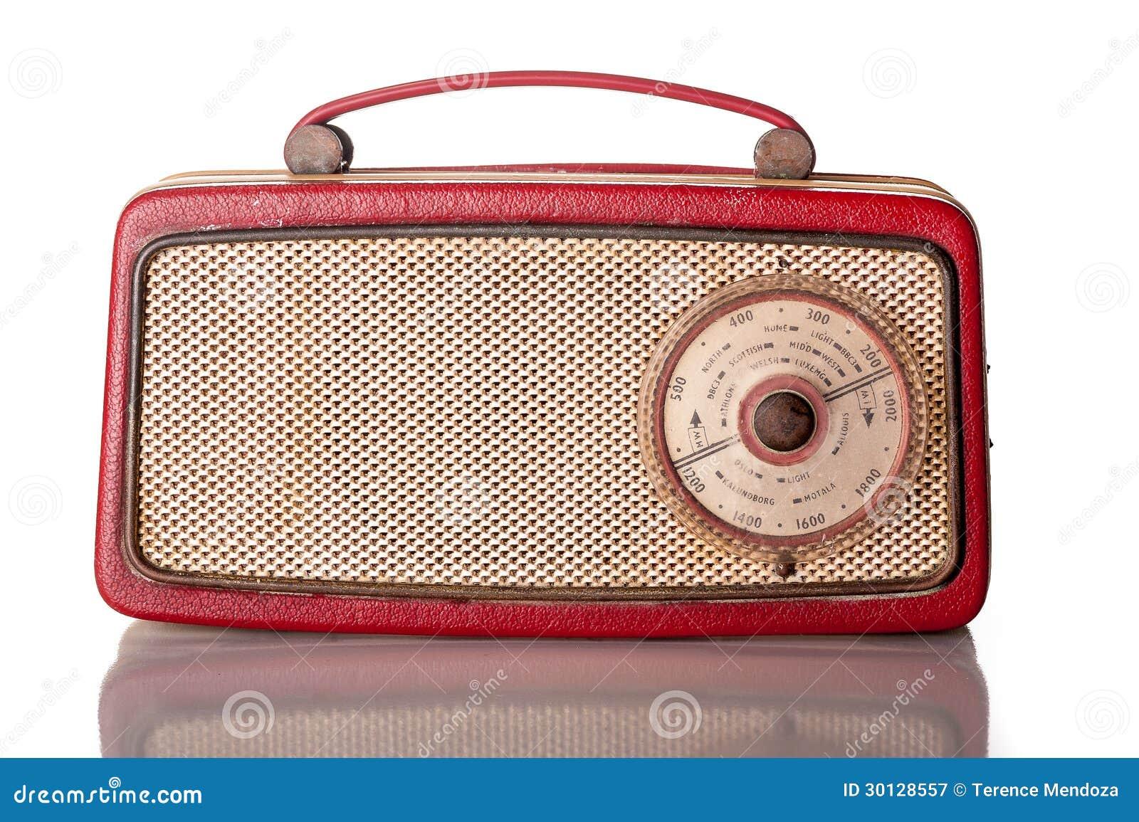 Rádio de transistor portátil vermelho dos anos sessenta