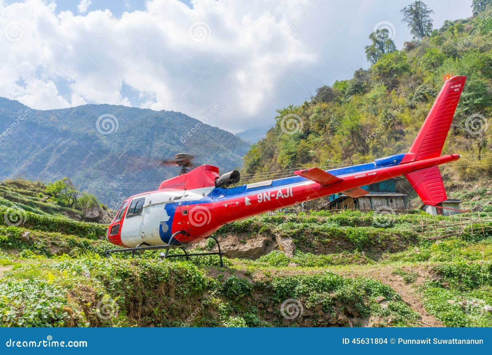 Räddningsaktionhelikopter