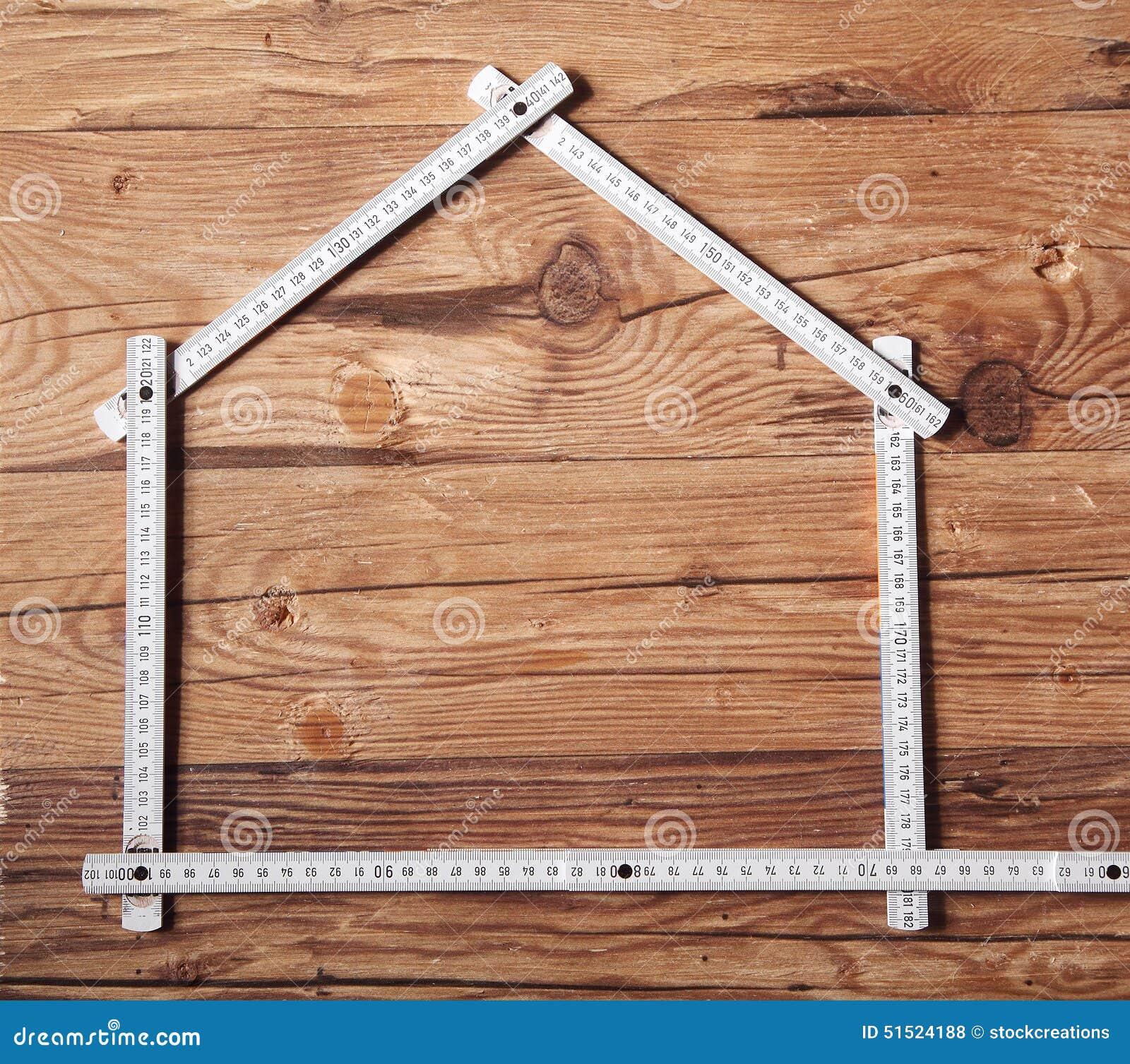 Règle de pliage formant une Chambre sur le Tableau en bois
