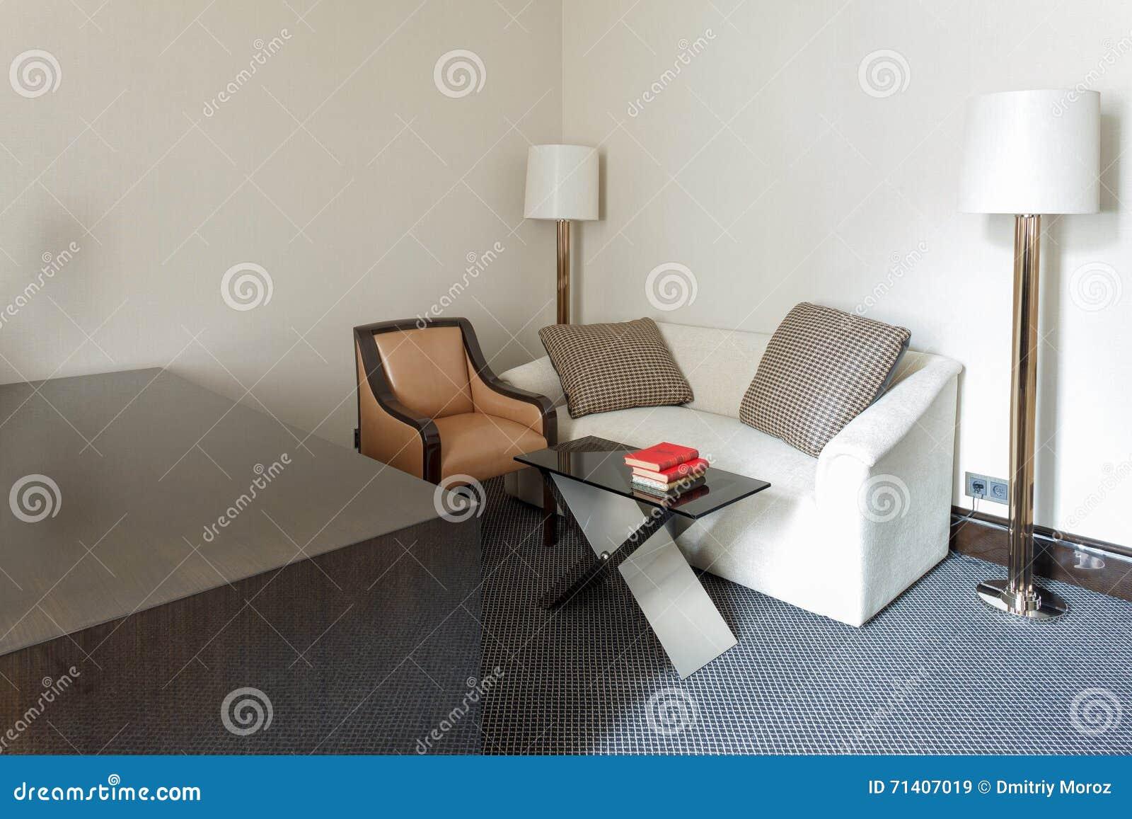 Vide In Hal : Réception de luxe vide hal image stock image du couloir