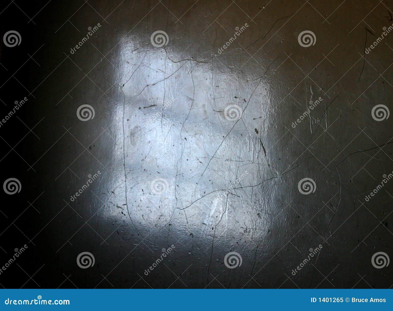 Réflexion dans la cage d escalier sale