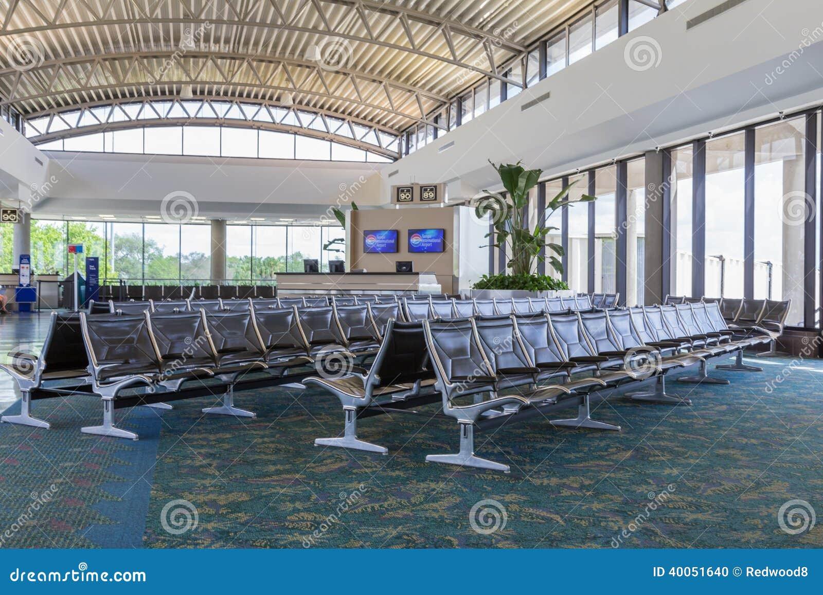 Région moderne de porte d aéroport