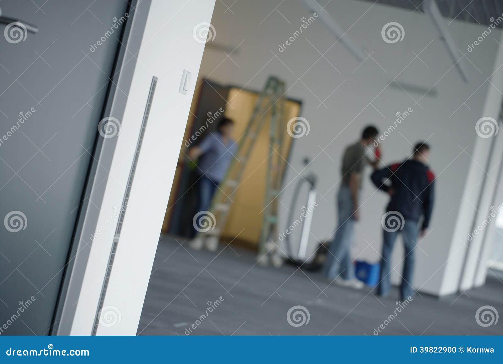 Réparations ou nettoyage d immeuble de bureaux