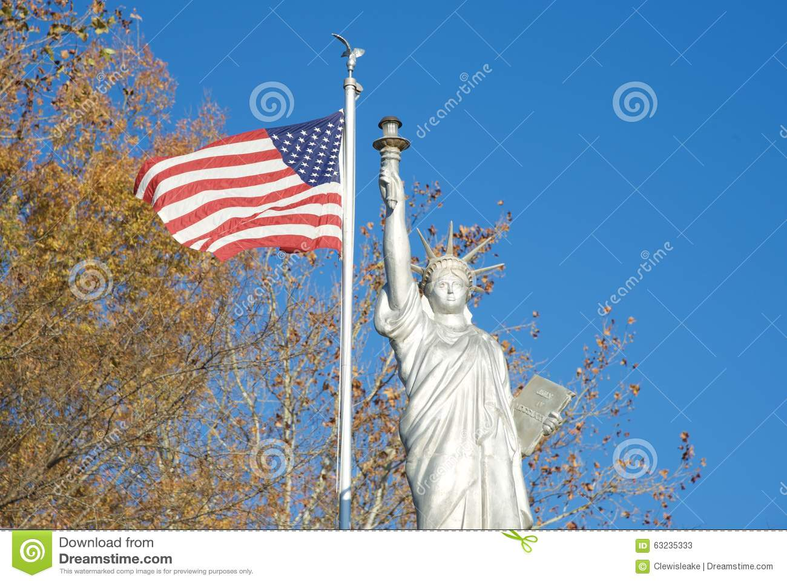 Réplica da estátua da liberdade