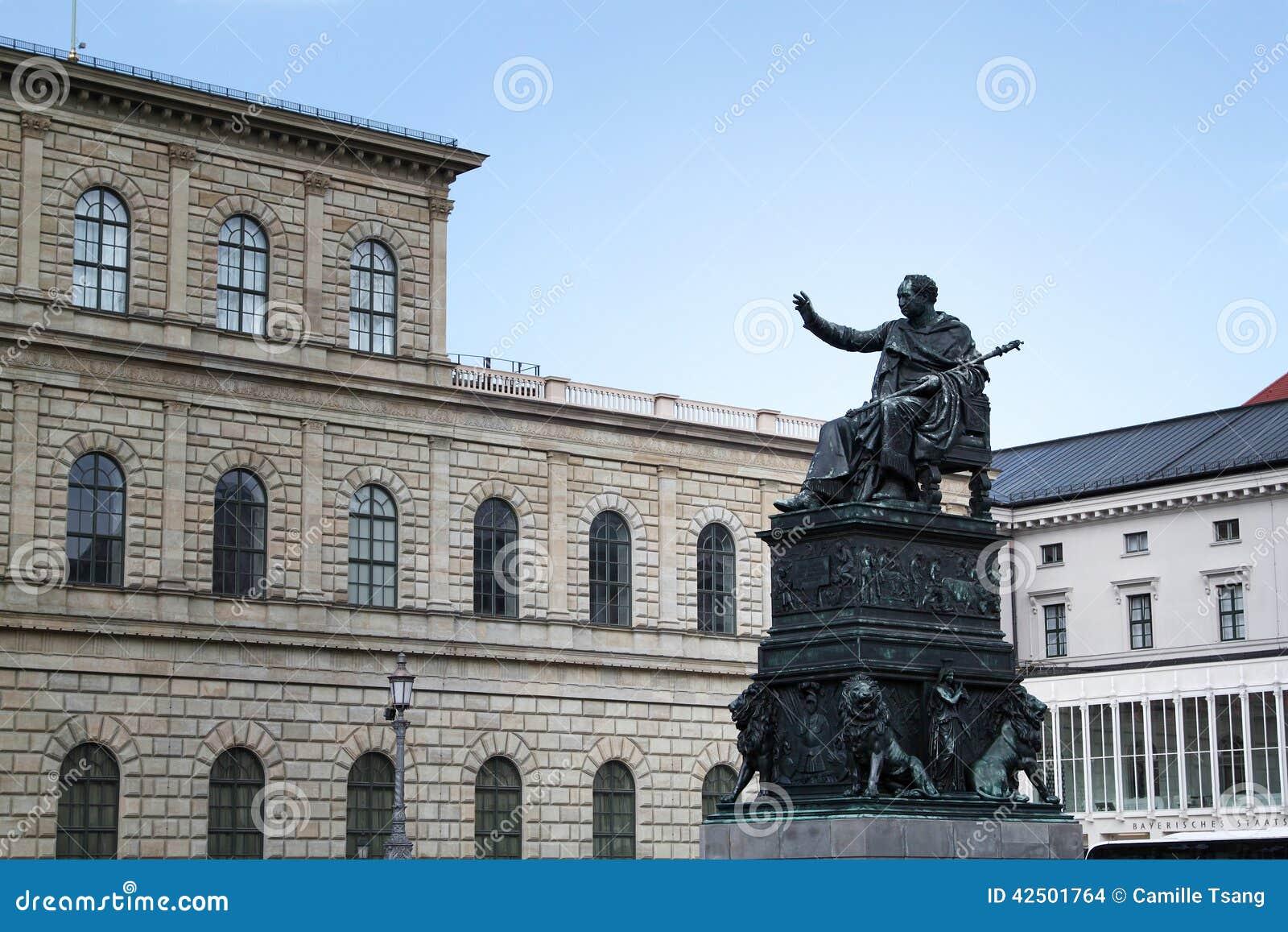 Résidence de Munich avec le statut