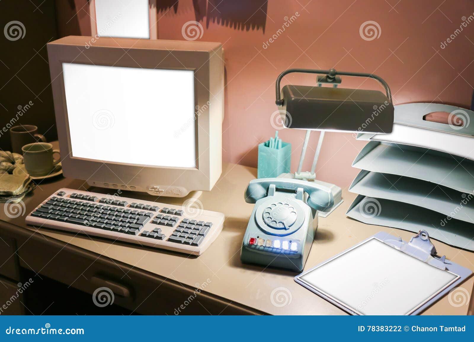Chambre bureaux et scribans grande partie du bureau d angle