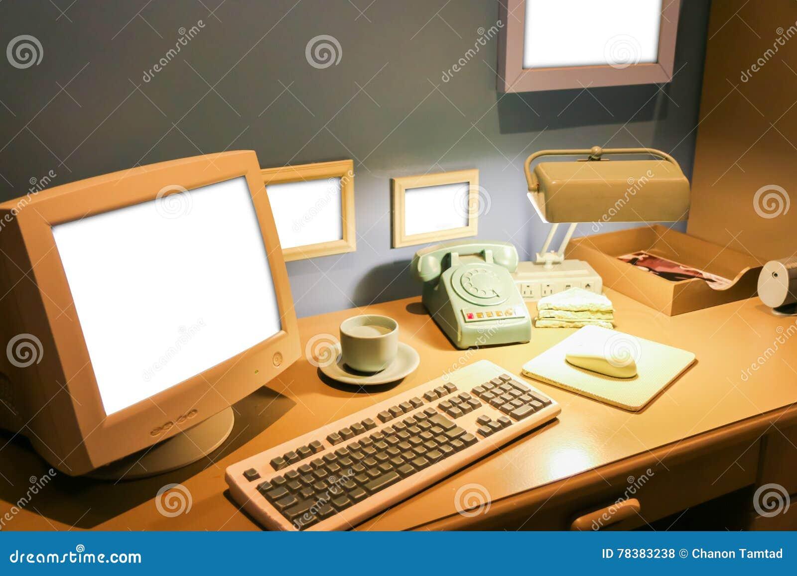 Vue en perspective vide espace monotone noir blanc bureau chambre