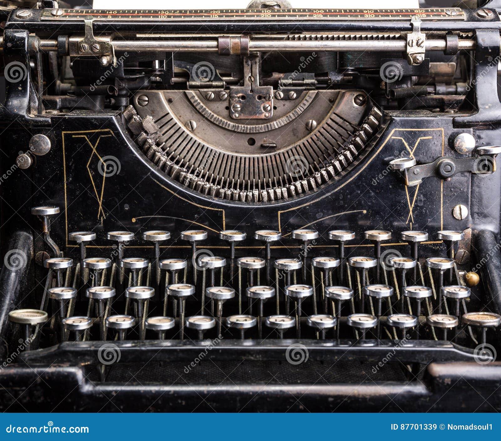 Rétro plan rapproché noir grunge de machine à écrire