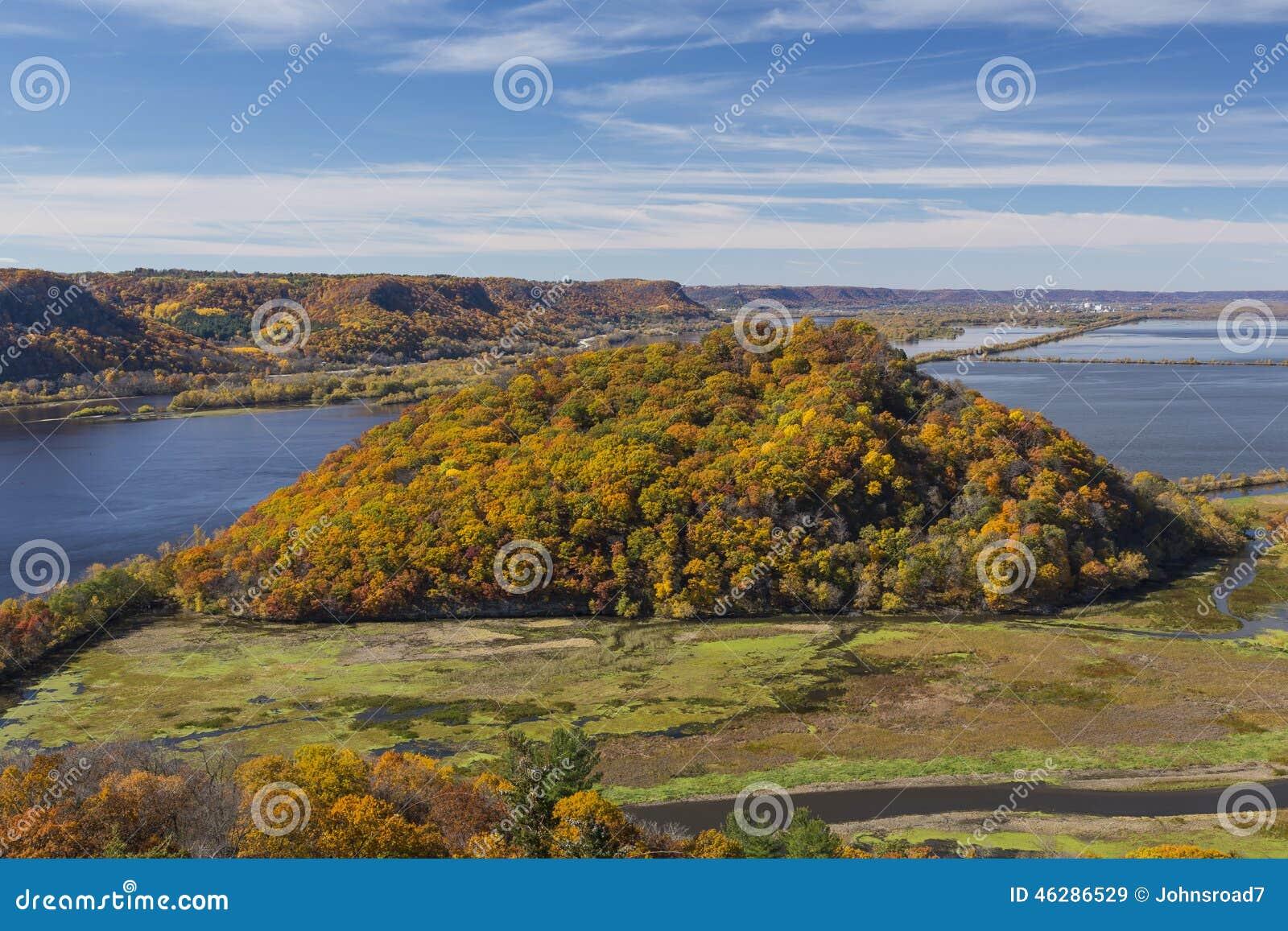 Río Misisipi en otoño