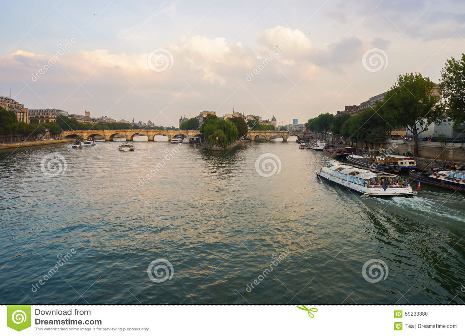 Download Río Sena por la tarde imagen editorial. Imagen de parisiense - 59233880
