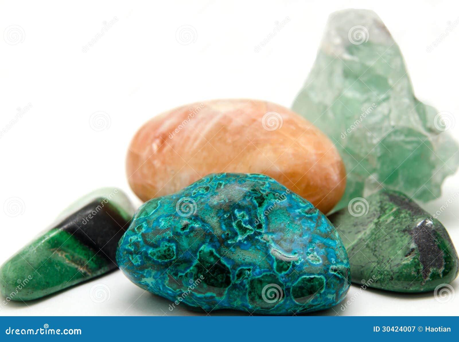 Różnorodne kopaliny i kryształy