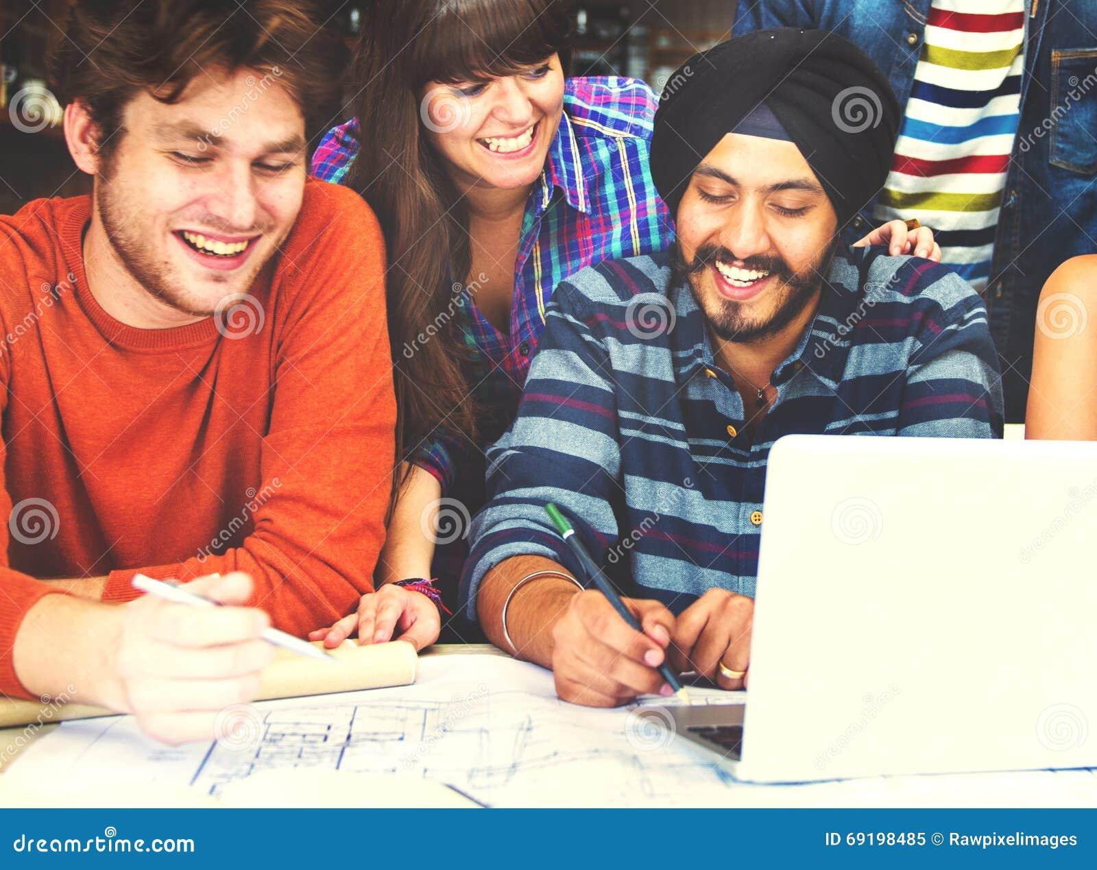 Różnorodni architekta Grupowego Pracującego pojęcia ludzie