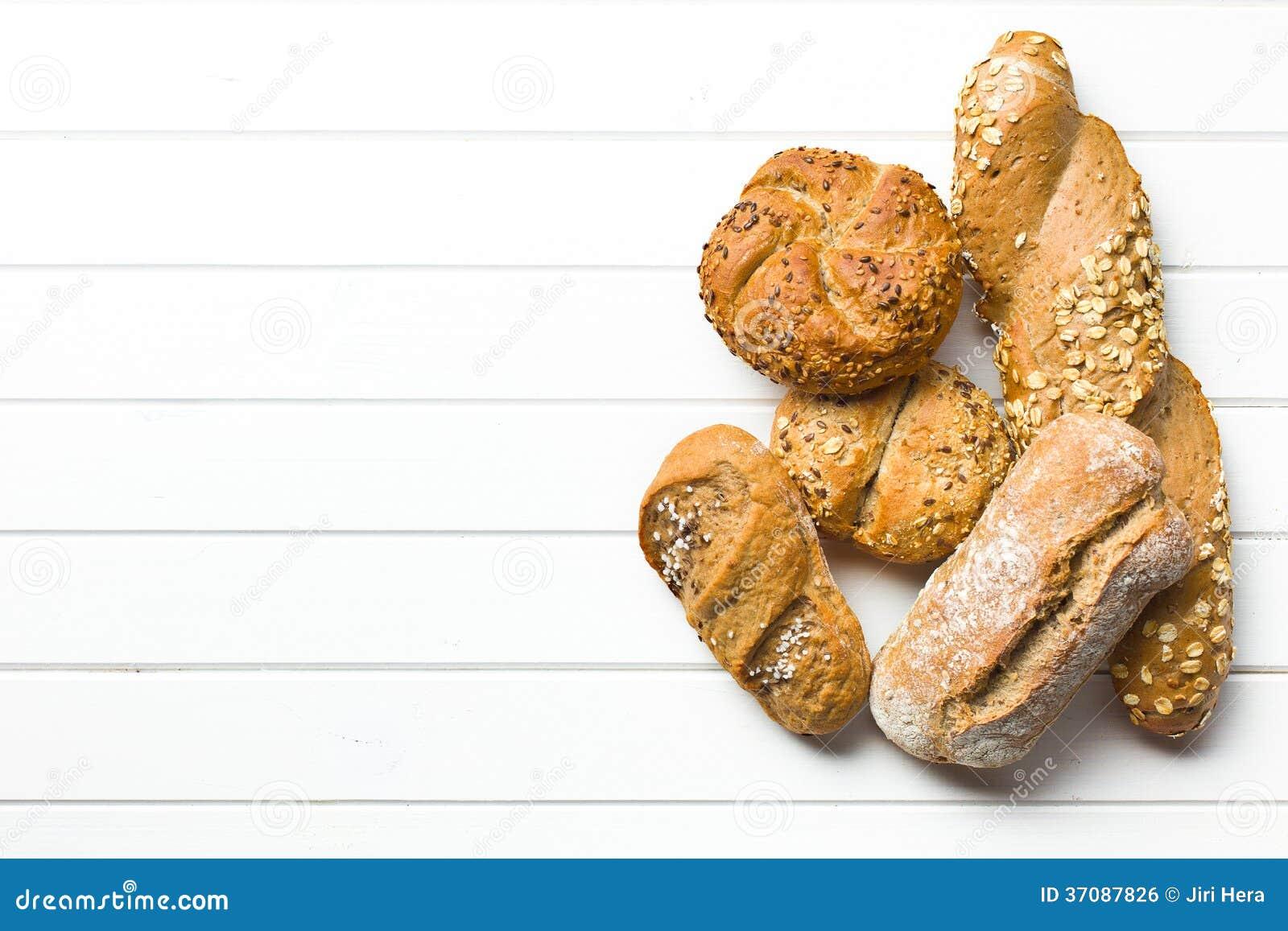 Download Różnorodni chleby zdjęcie stock. Obraz złożonej z rolka - 37087826
