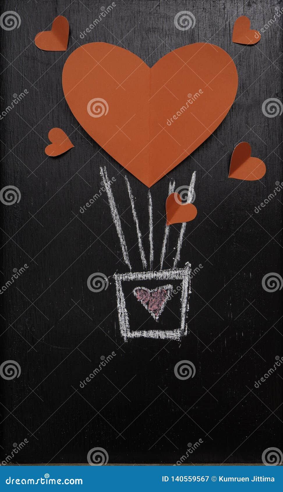 Röd hjärtaballong för valentindagsvart tavla
