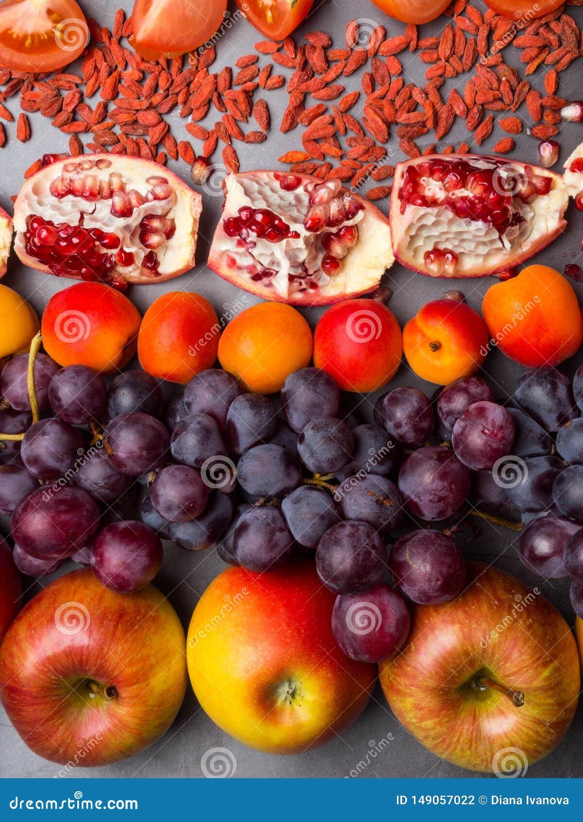R?da frukter och berrys rikt vitamin, resveratrol, astaxanthinantioxidants mat, slut upp