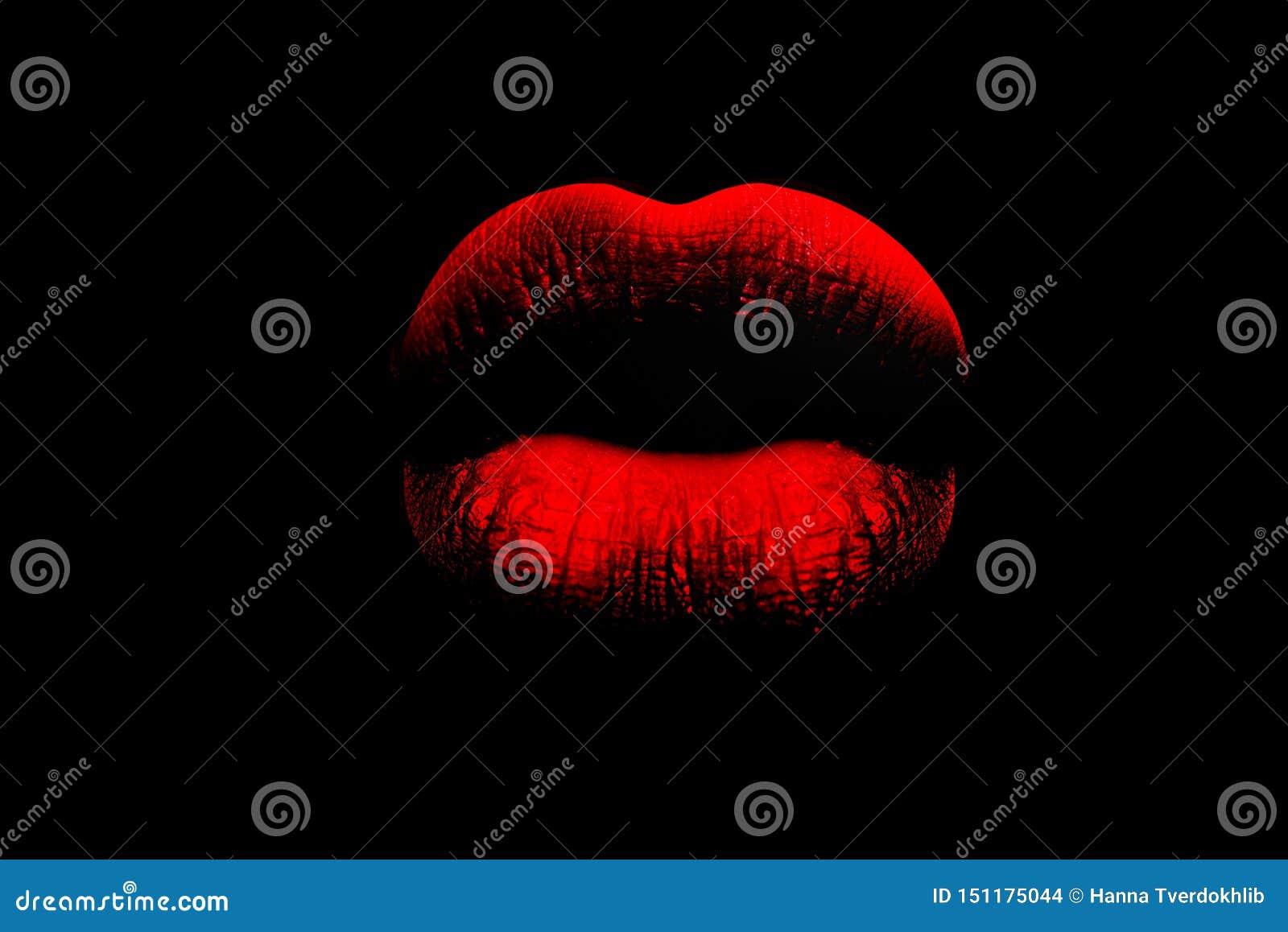 Röda fulla kanter på svart bakgrund Kvinnans kanter Frodiga kanter som en kyss Rött och truta Erotiska litteraturen könsbestämmer