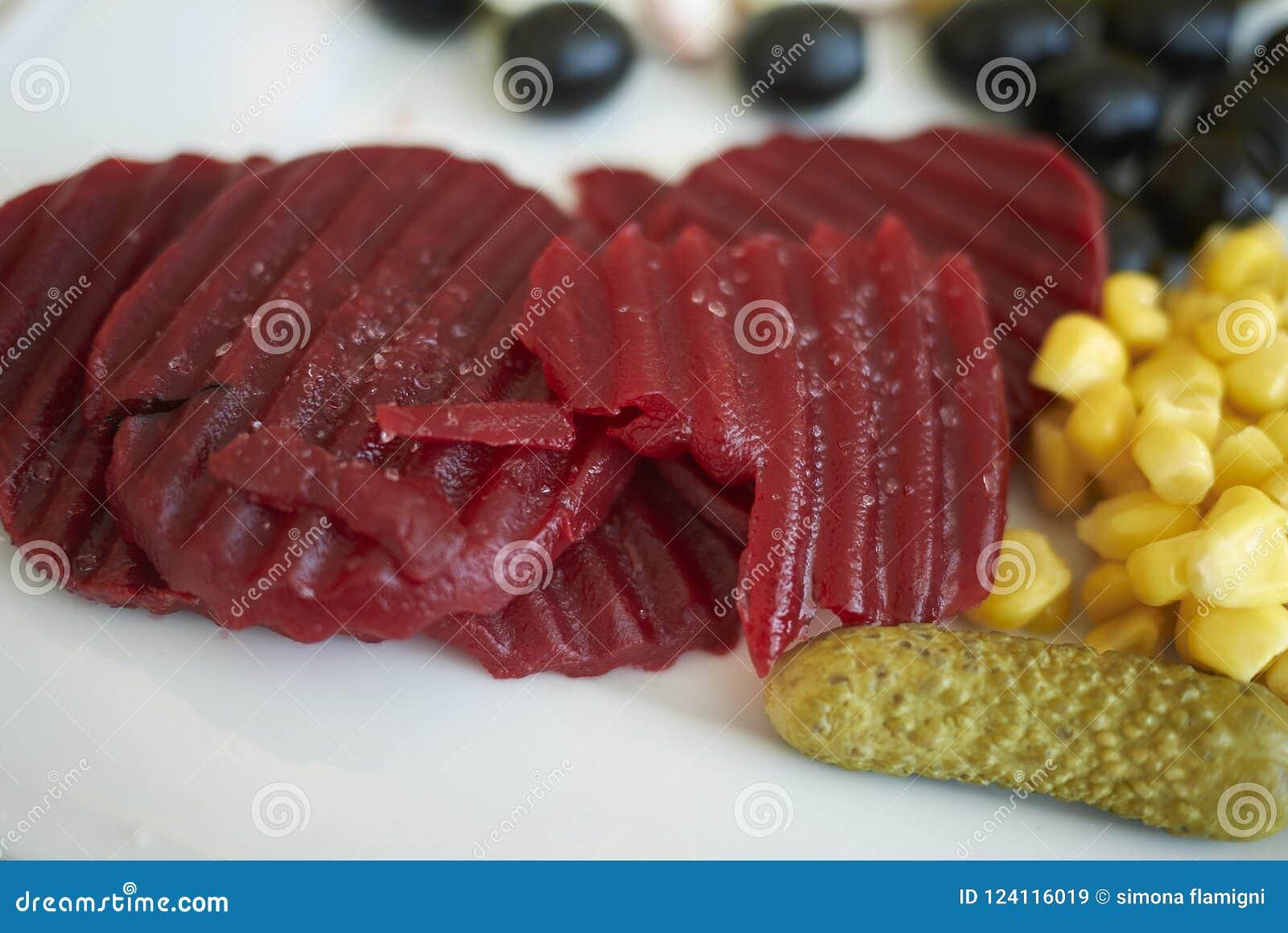 Rödbetor, havre, knipor och oliv