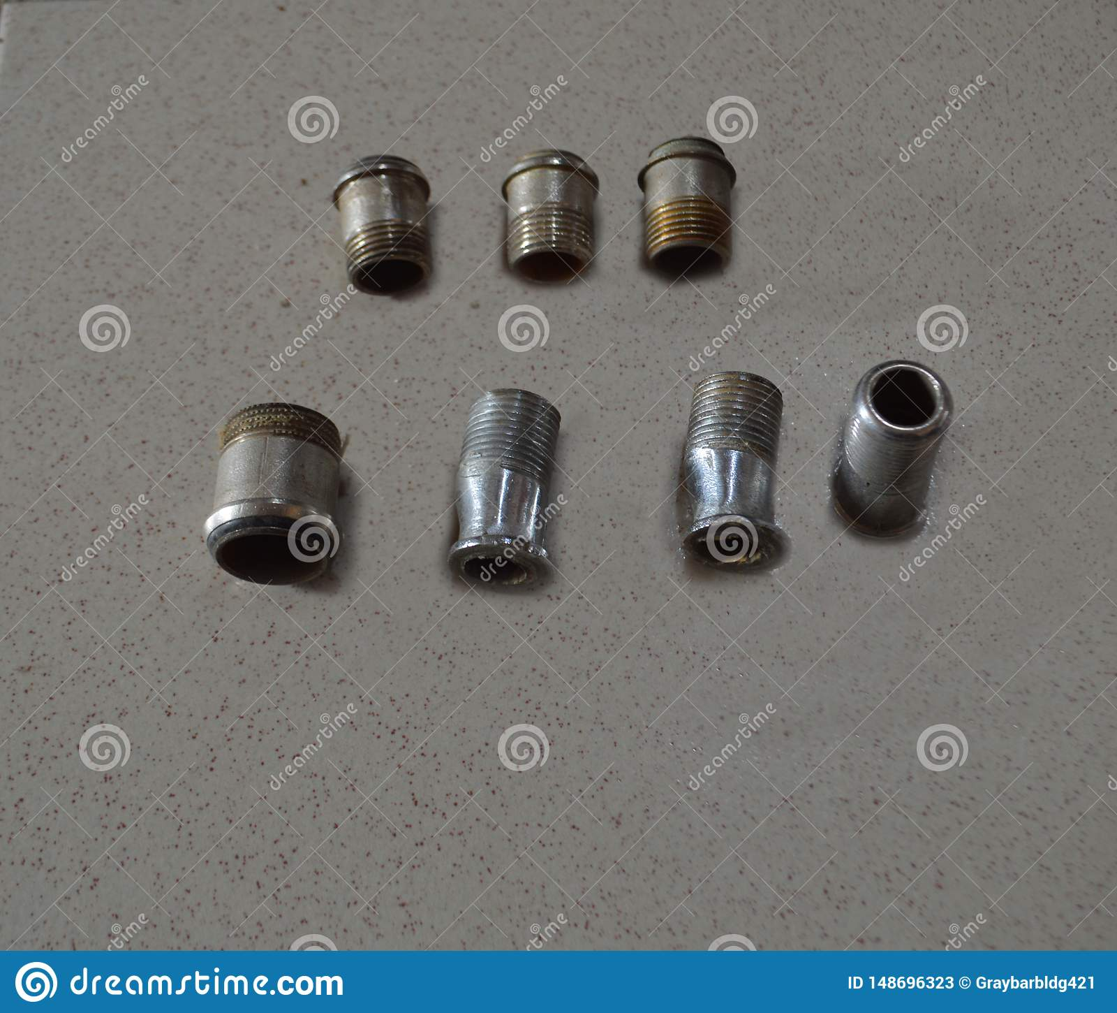 Rör för koppar för anslutning för monteringar för adapterbadrummässingskompression, koppling