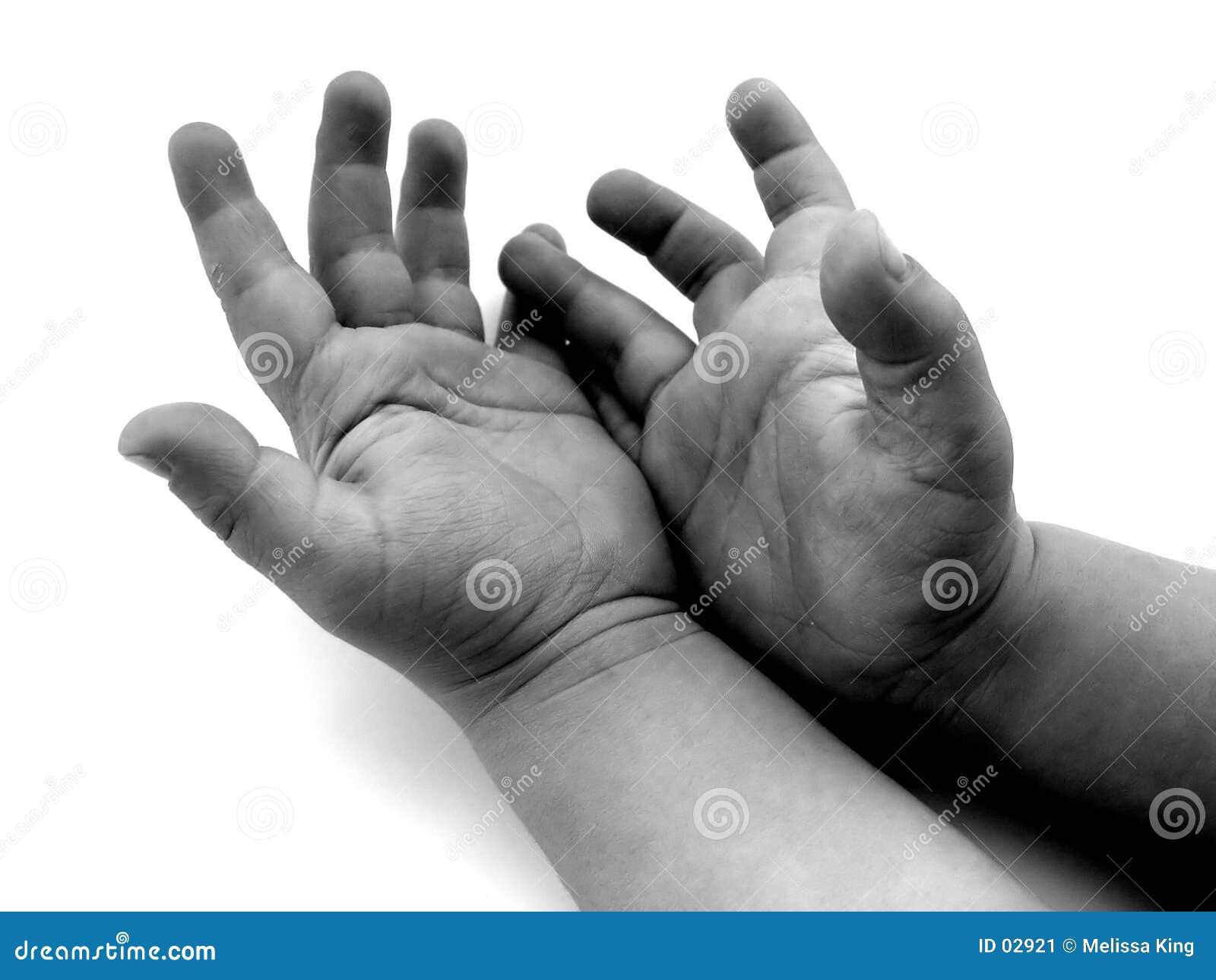 Ręce trochę
