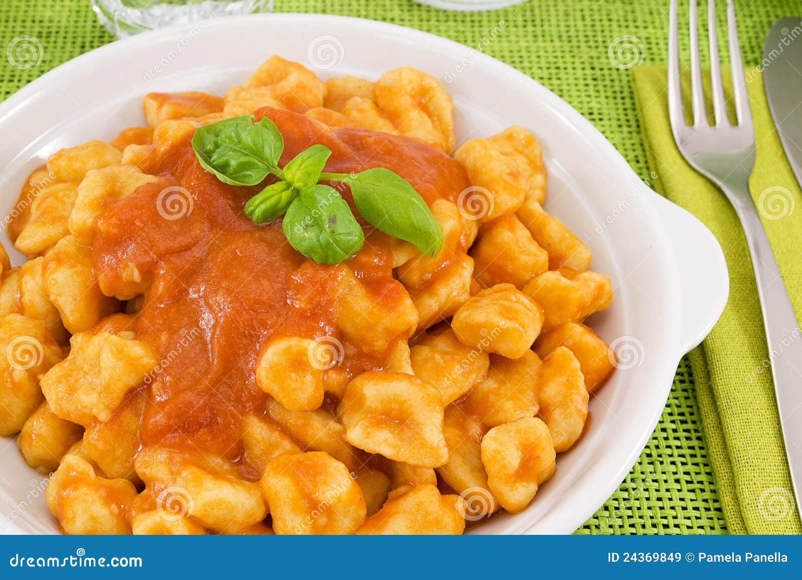 Ręcznie robiony gnocchi kumberland Sorrento