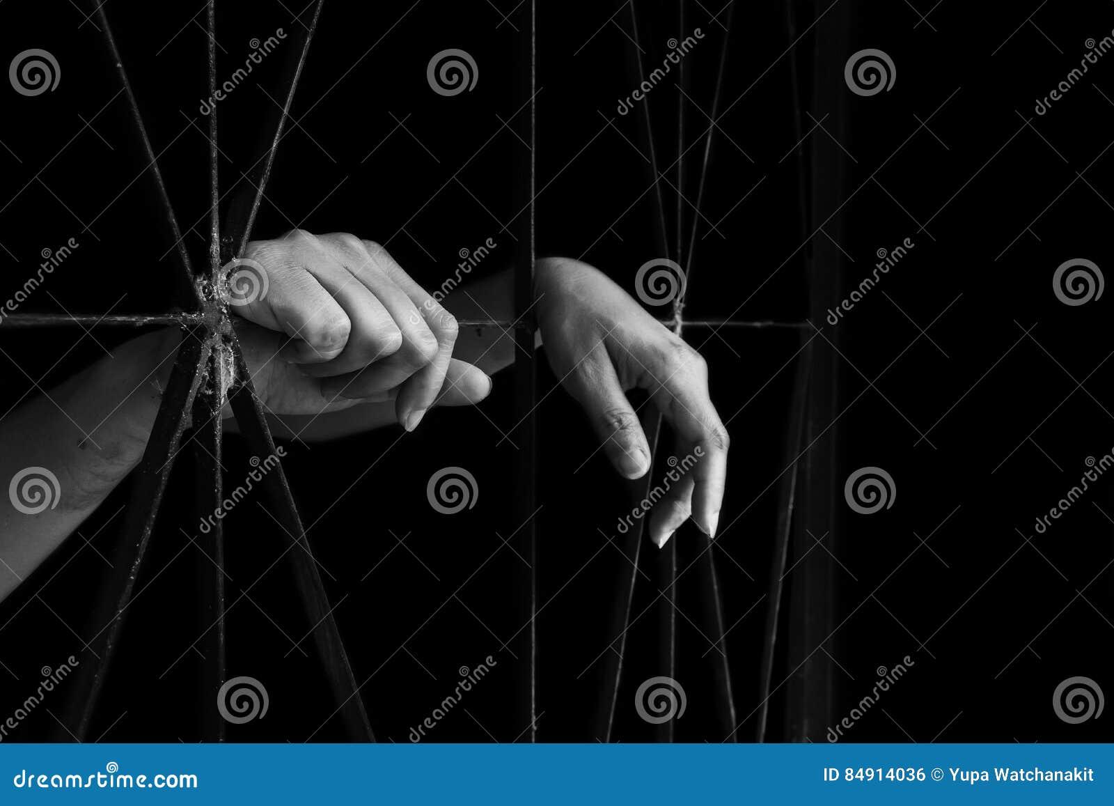 Ręka kobiety mienia klatka, nadużycie, ludzki kupczy pojęcie