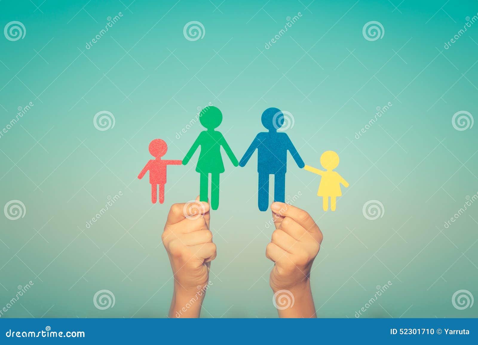 Ręka rodzinny papier