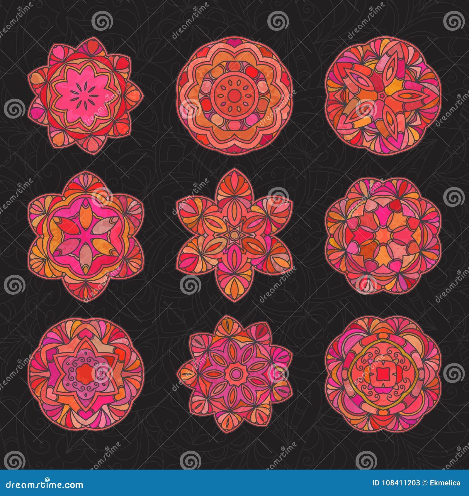 Ręka rysujący dekoracyjny mandala