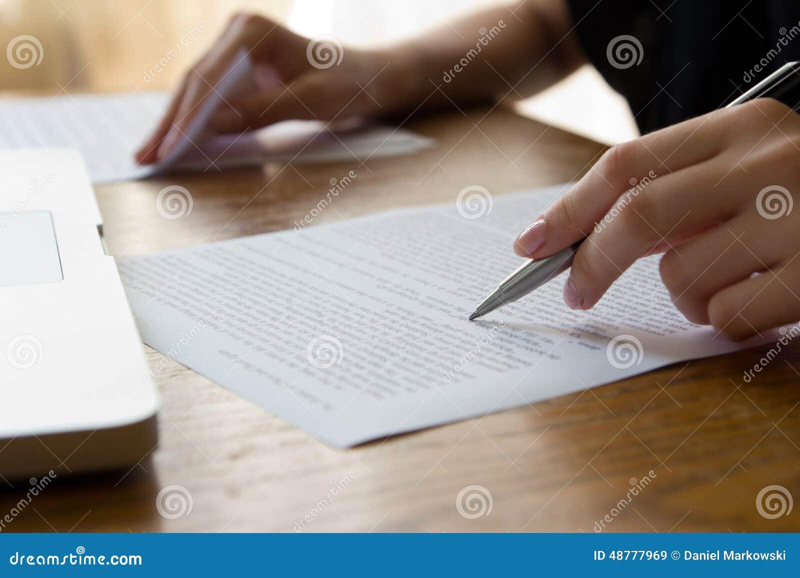 Ręka z pióra Proofreading
