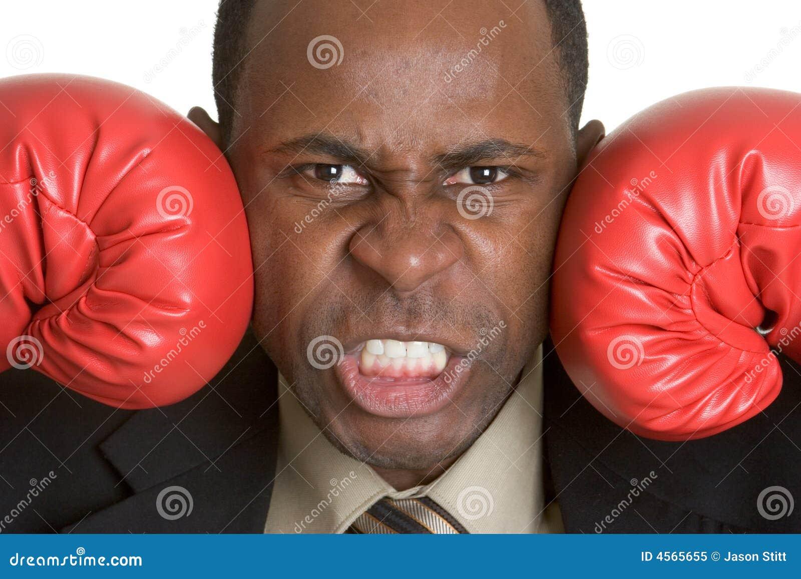 Rękawice bokserskich człowieku