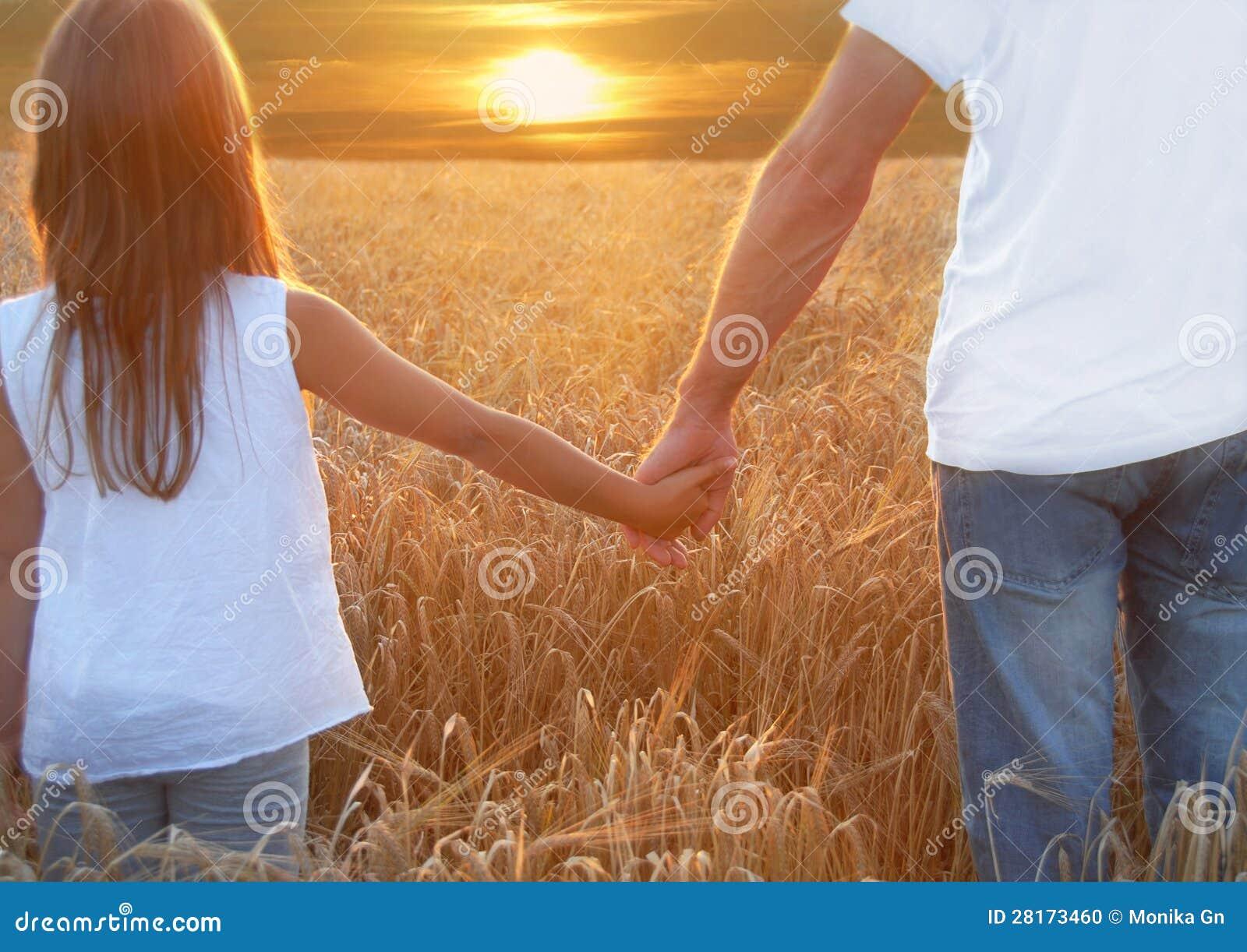 Ręki i jęczmień