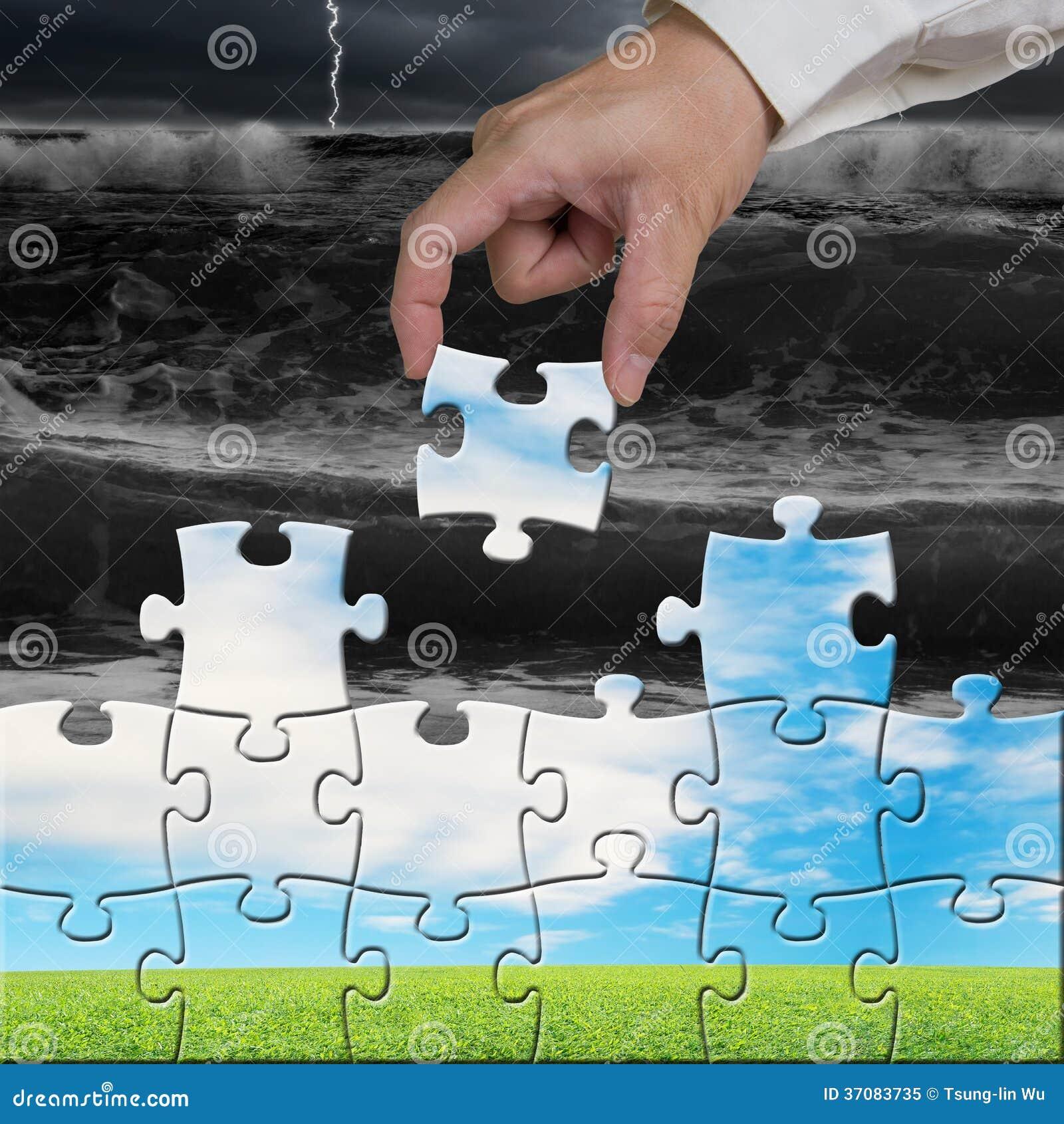Download Ręki Mienie Intryguje Zgromadzenie Dla Zmieniać Widok Obraz Stock - Obraz złożonej z ludzie, chmurny: 37083735