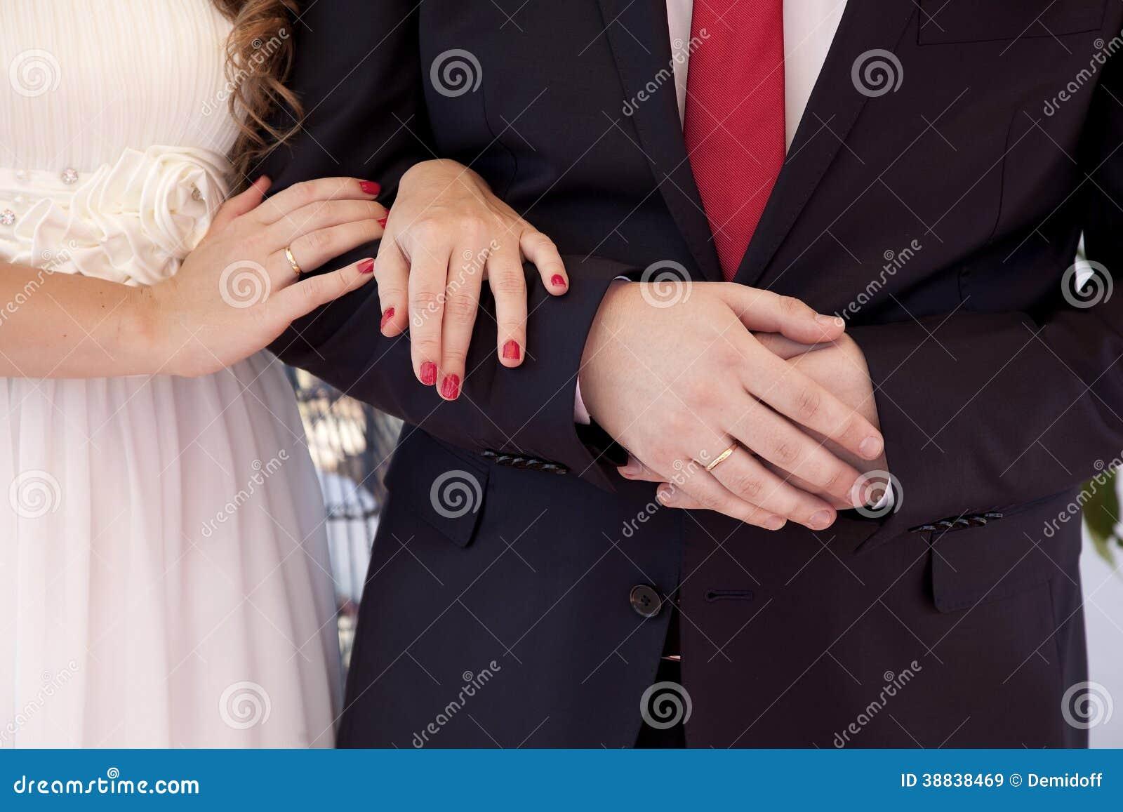 Ręki nowożeńcy