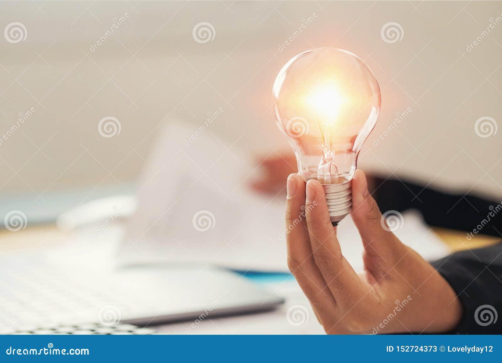 R?ce gospodarstwa ?wiat?a ?ar?wki pomys?u poj?cie z innowacj? i inspiracj?