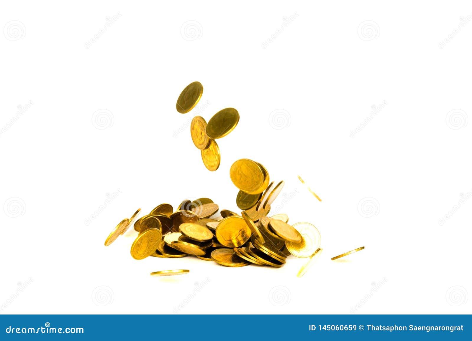 R?relse av det fallande guld- myntet, flygmyntet, regnpengar som isoleras p? vit bakgrund, aff?ren och finansiell rikedom och att