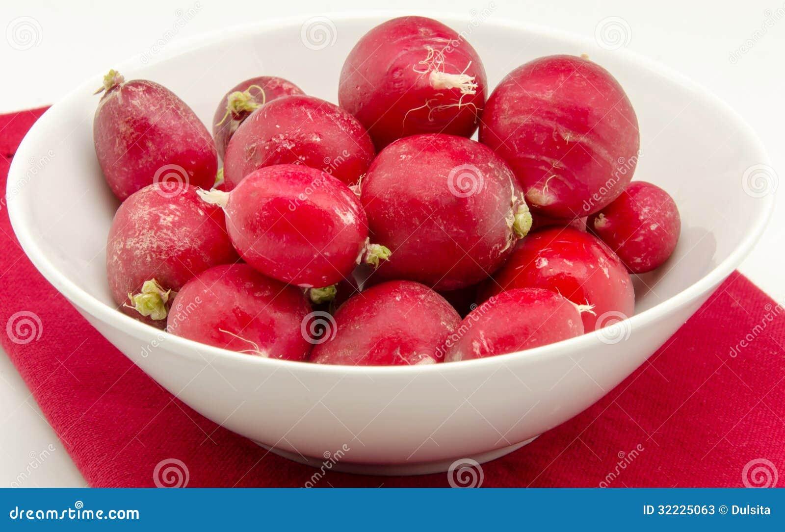 Download Rabanetes imagem de stock. Imagem de salad, saúde, vegetal - 32225063