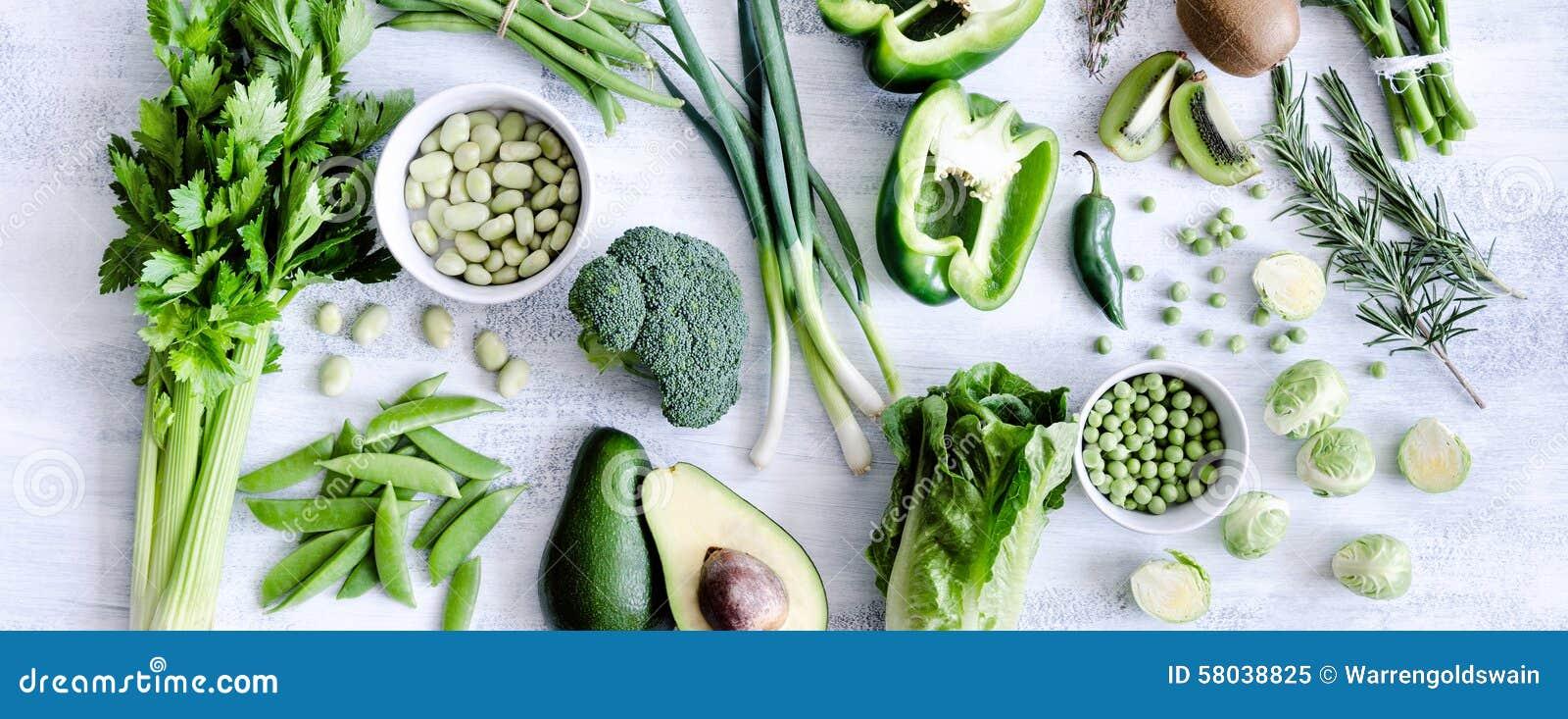 Raccolta assortita delle verdure verdi