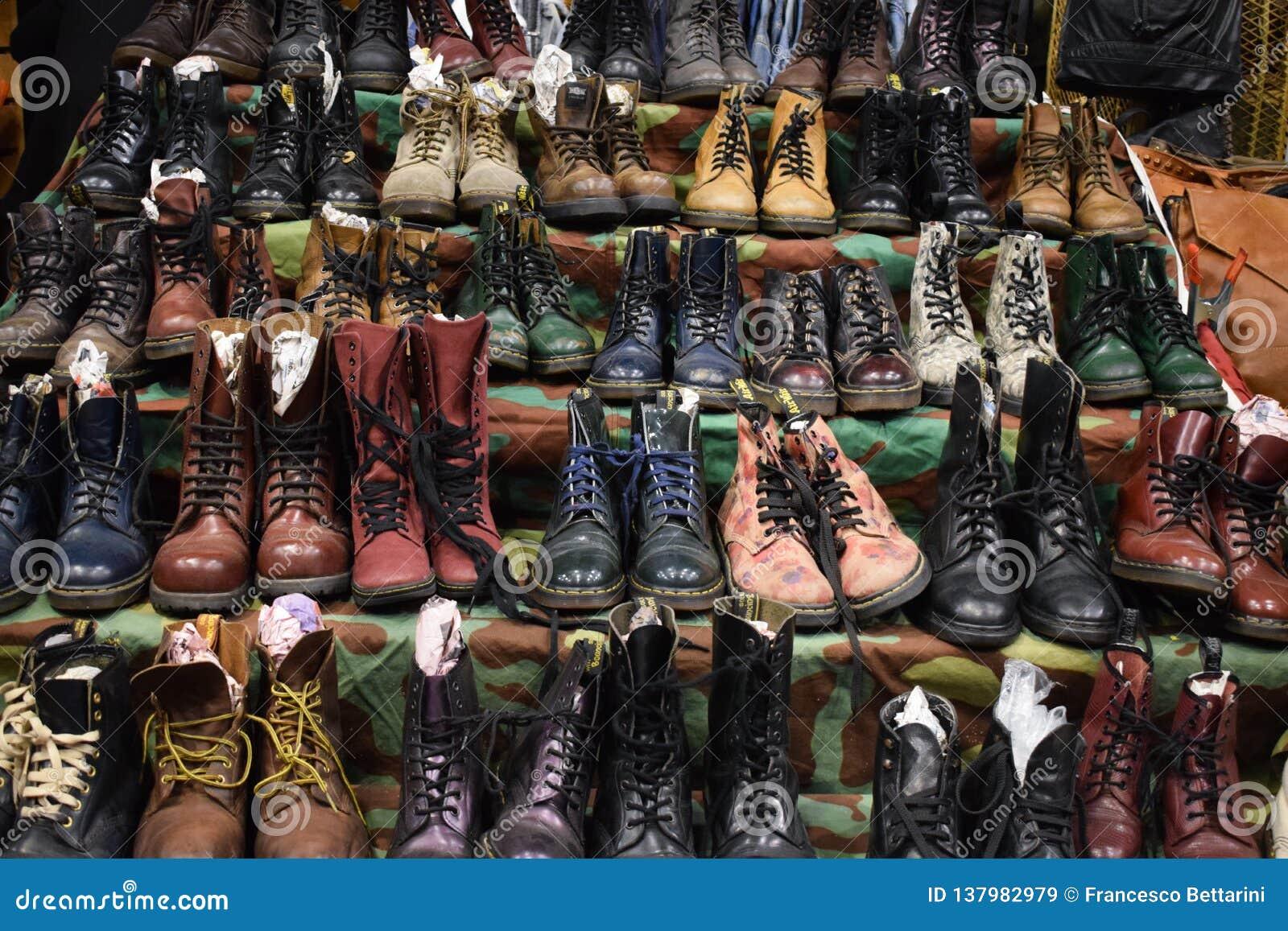 Raccolta delle scarpe d annata, Dott. martens
