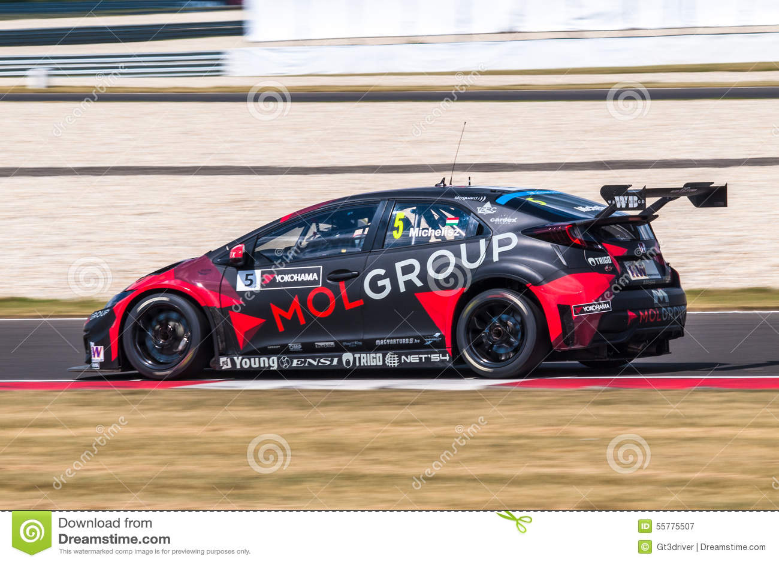 Race car editorial photography image 55775507 for Honda civic race car